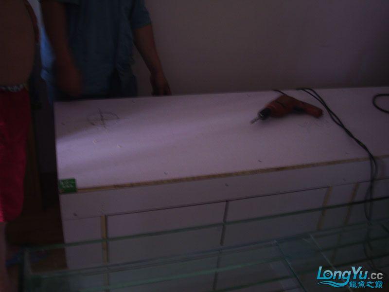 看看我订做的2米的缸~~~~~~ 绵阳龙鱼论坛 绵阳水族批发市场第13张